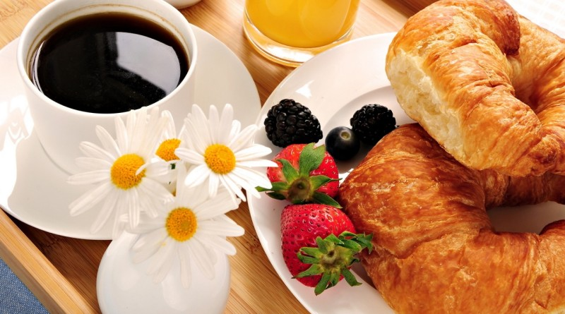 eat breakfast to stay healthy