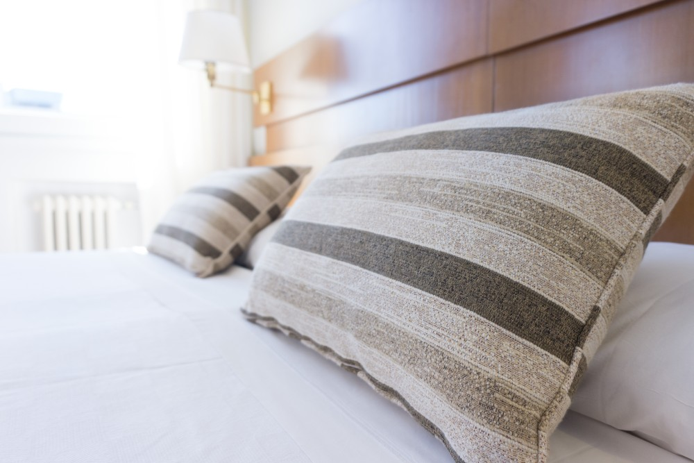 health benefits of sleeping on memory foam pillows